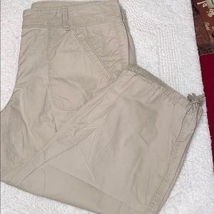 Loft Capri tan pants with tie At calf sz 8